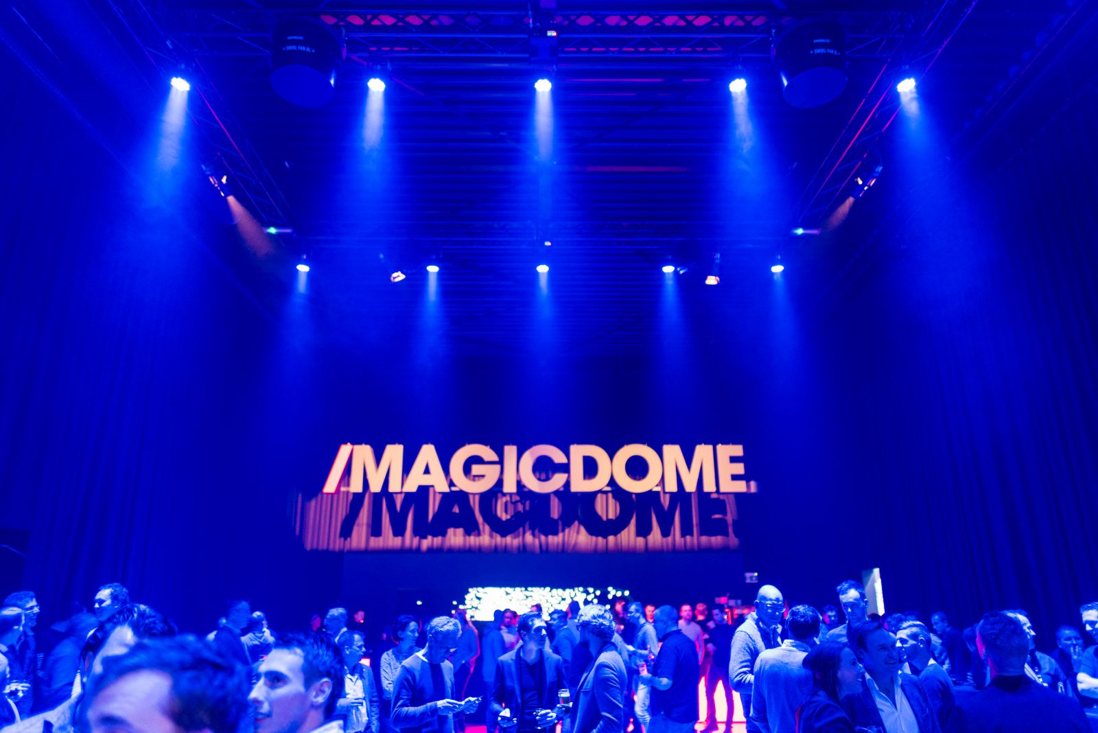 First Impression - Magic FX experience center The Magic Dome